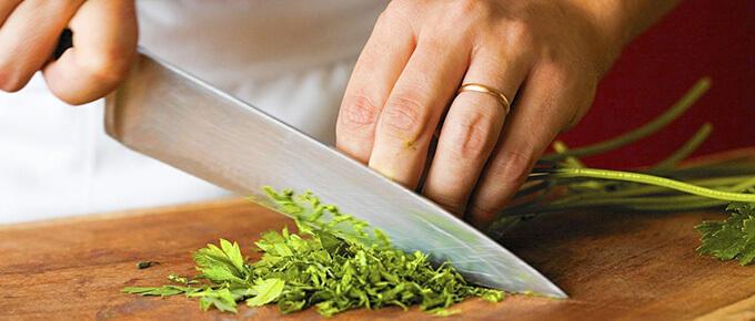 Best Chef Knives under 100 dollars